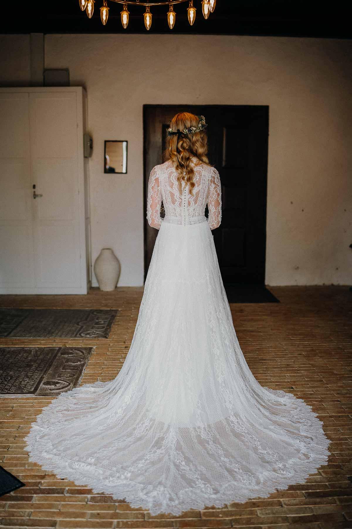 brud og brudekjole
